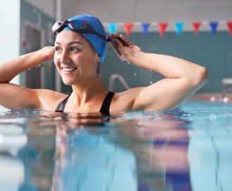 8 benefícios que a natação pode trazer para seu corpo