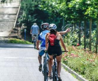 Mulher Ciclista: 5 motivos para você começar a pedalar