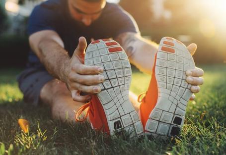 O que é estiramento muscular e como é possível tratá-lo?